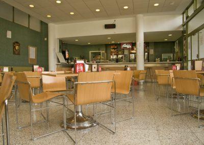 Cafeteria-min